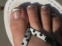 Mobile Manicures: French Toes
