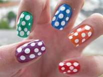 Mobile Manicures: Colorful Polka Dots