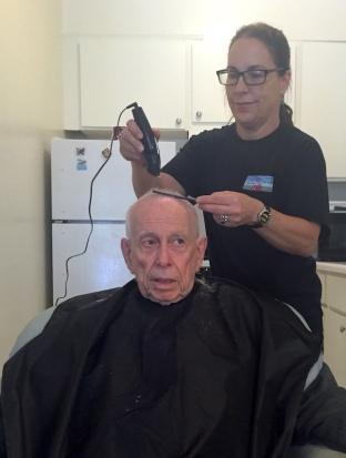 gentlemens haircuts